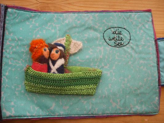 textiles Buch Schiffsjunge mit Fingerpuppen Mädchen und Matrose im Boot, von Faserverbund