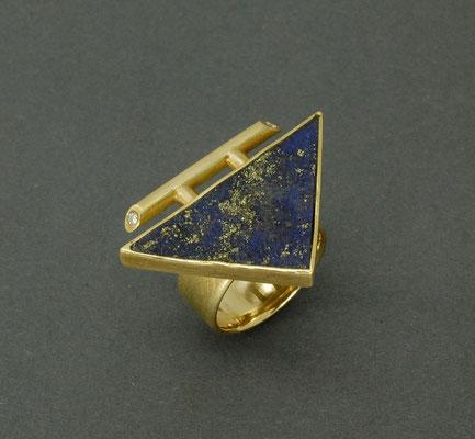 Ring, handgefertigt mit Lapislazuli