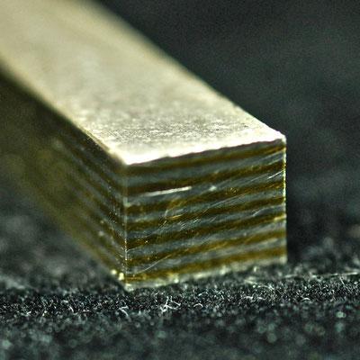 Aus diesem aufwändig geschmiedeten Material entstehen einzigartige Ringe.
