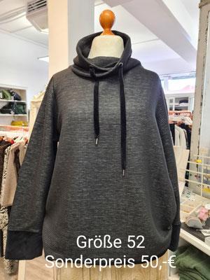 67. Sweatpullover 50,00€ Gr.52