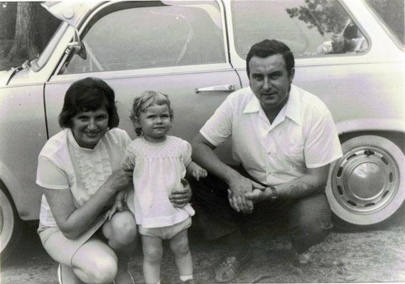 Die Eltern und die Schwester