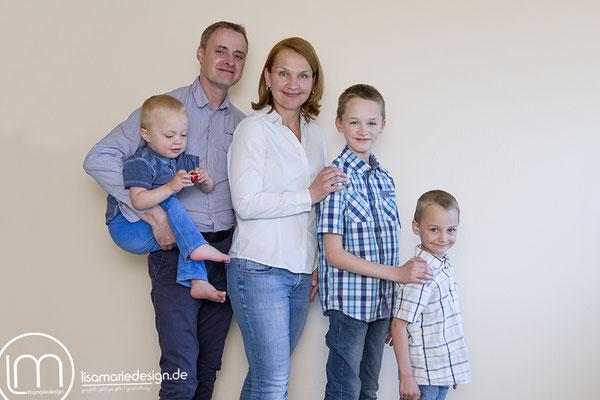 Beim Familienshooting in Leipzig: Die komplette Familie
