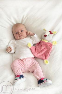 Die kleine Prizessin beim Babyshooting ganz in rosa