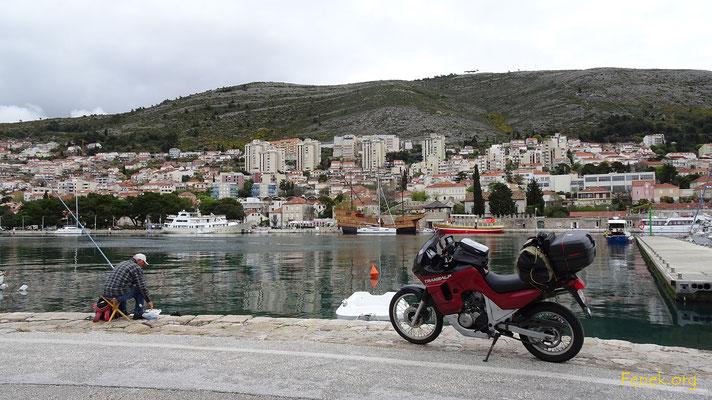 April - Hafen von Dubrovnik