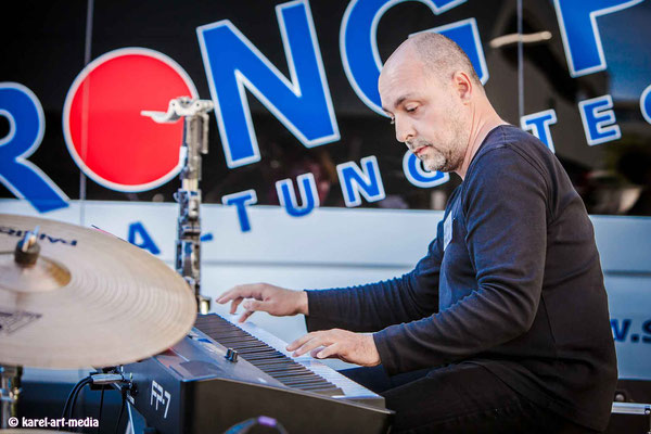 Keyboard Liveauftritt in der Musikschule in Nürnberg
