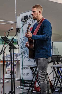 Music Secrets Gitarren Schüler Live bei der Messe Nürnberg 2016