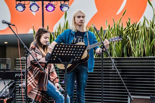 Music Secrets Schüler Gitarren Duo 1 Live bei der Messe Nürnberg 2016