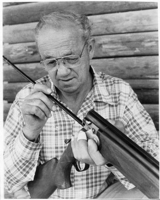 1983 Ernie Williams at his gun shop.