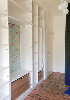 einbauschrank unter einer schr ge der einbauschrank de. Black Bedroom Furniture Sets. Home Design Ideas