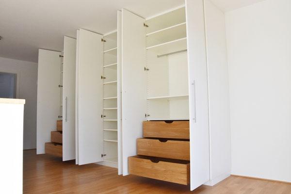 garderobenschrank f r schmalen flur schmalen flur farblich gestalten 1001 schmaler flur ideen. Black Bedroom Furniture Sets. Home Design Ideas