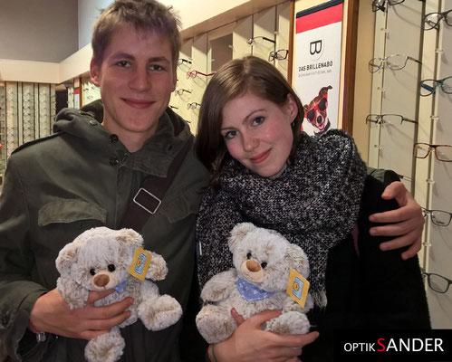 ...und wieder zwei Teddys mehr, die Kinder werden sich freuen. Vielen Dank.