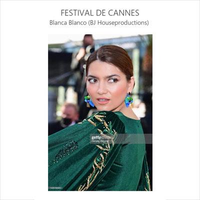 L'actrice américaine porte les boucles Ailées pour monter les marches du festival de Cannes (juillet 21)