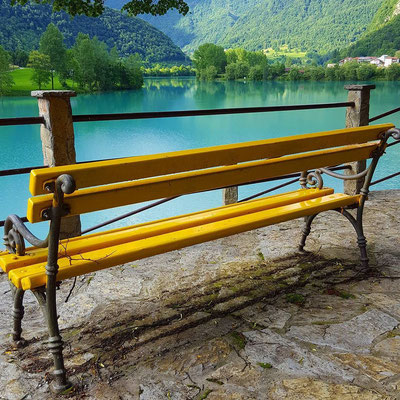What more do you want, a great bench and a pretty looking lake (I'm easily pleased)