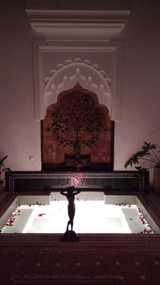 The gorgeous plunge pool at Riad Star