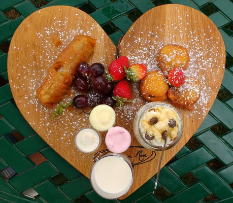 The unbeatable dessert platter at KCC La Vie En Rose, Johannesburg. Dante Harker