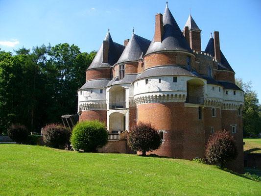 Le Château de Rambures et ses jardins
