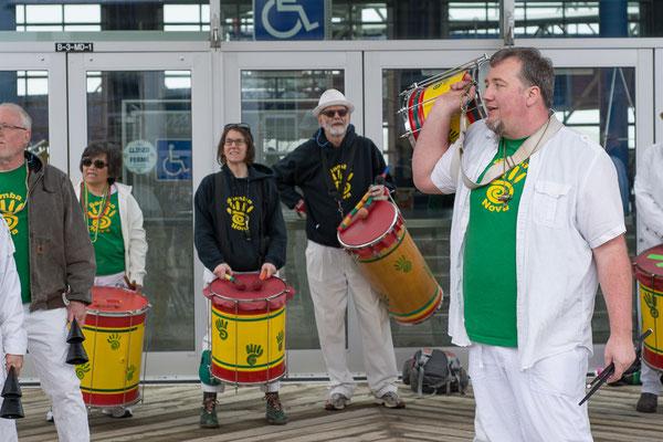 Heisse Samba Klänge beim Farmersmarket