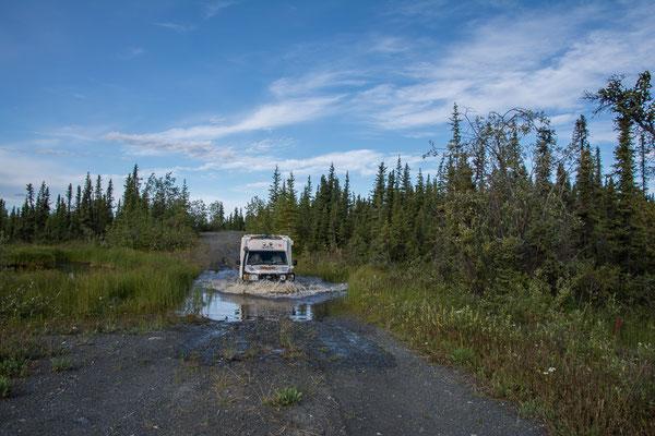 Einfahrt zu unserem Buschcamp