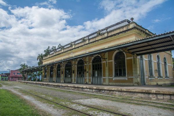 Der alte Bahnhof von Antonina