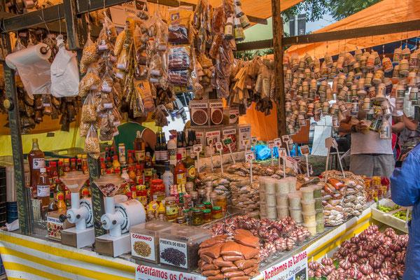 Auf dem Quartiermarkt in Santo Andre