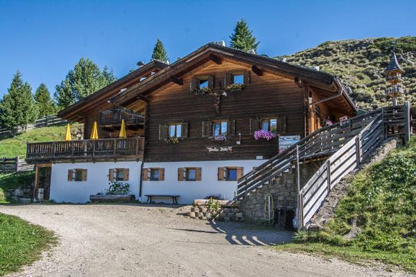 Arnika Hütte