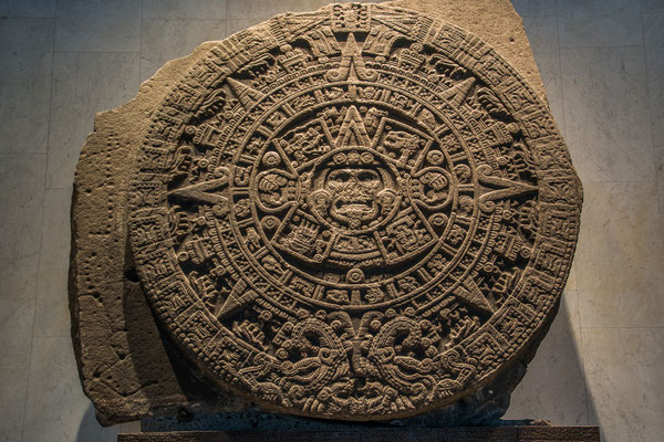 Der Aztekenkalender, eigentlich aber ein Opferstein