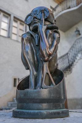 Skulptur von HR Giger, Greyerz