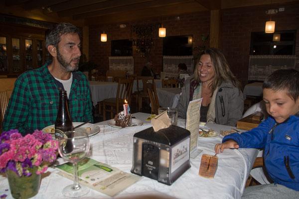 Geburtstagsfeier mit unseren Brasilianischen Freunden in der Cabana Suiza