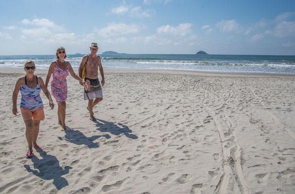 Am Strand mit Dela und Marc
