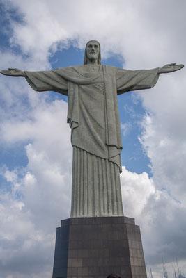 Die Christus Statue auf dem Corcovado (700 müM)