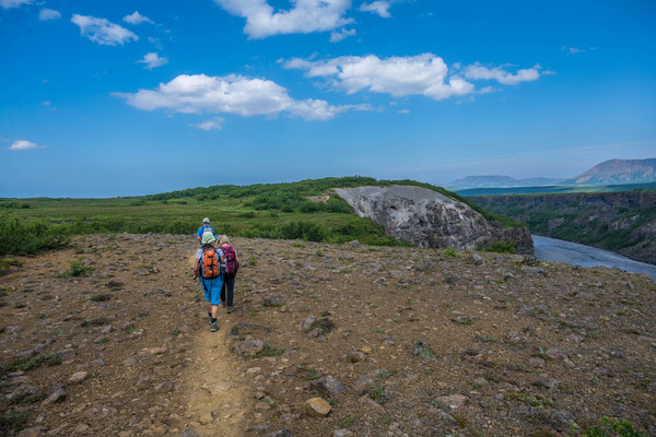 Wanderung im Asbyrgi Nationalpark
