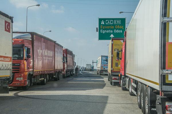 LKW Chaos an der griechisch-türkischen Grenze