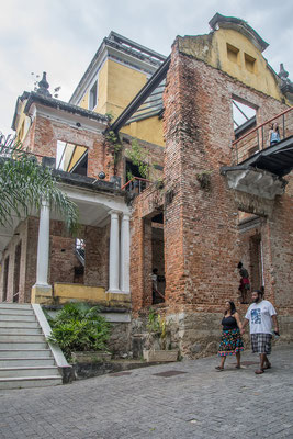 "Die Villa Ruine im ""Parque das Ruinas"""