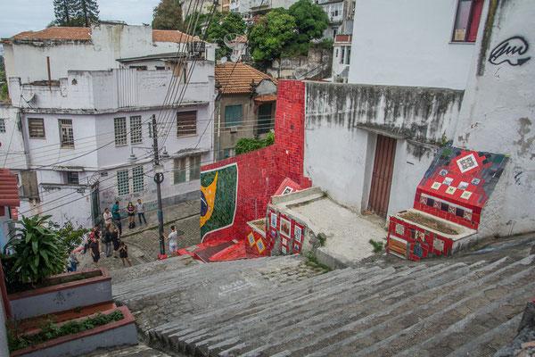 """An der Treppe """"Escadinhas de Santa Teresa"""""""