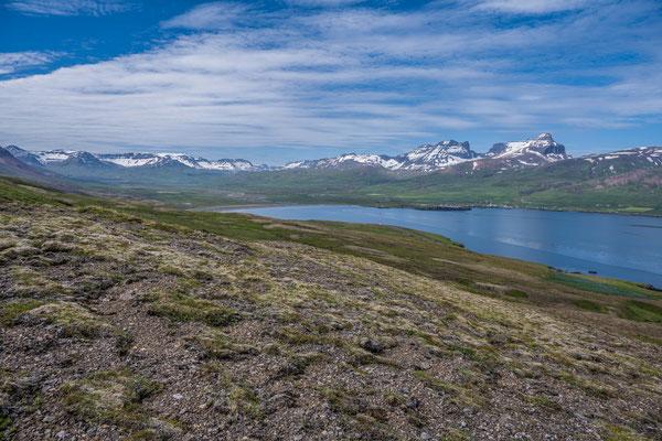 Wanderung zur Bucht Brunavik, Blick zurück auf Borgarfjarðar