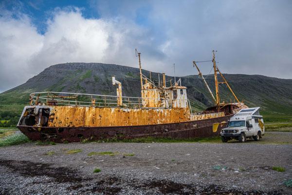 Übernachtung bei Wrack der Garðar