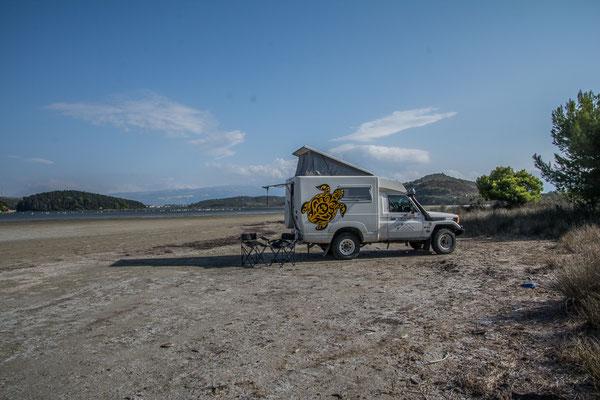 Buschcamp an der Nartes Lagune