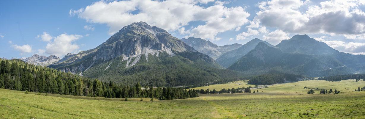 Wanderung zur Alp Chera, Blick Richtung Ofenpass