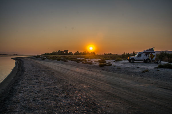 Übernachtungsplatz am Strand bei Mandra