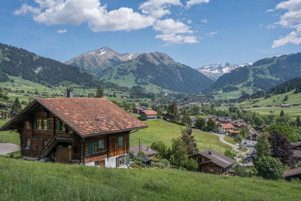 Blick zurück auf Gstaad