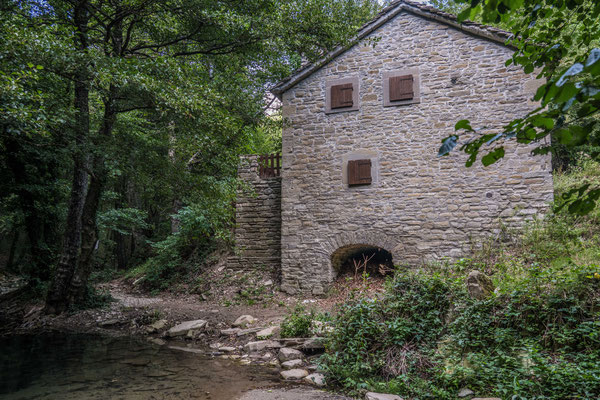 Alte Mühle im Tal des Acquacheta