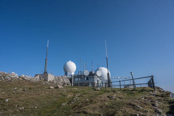 Gipfel des La Dole mit Radarstation