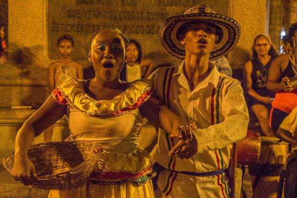 Tanzen auf der Plaza Bolivar