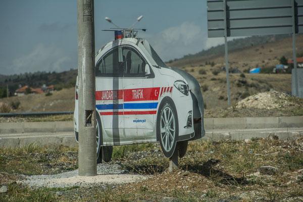Fake Polizeiauto zur Abschreckung