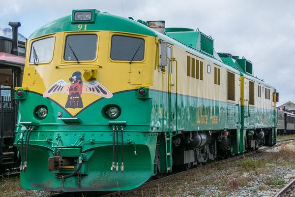 Die alte Whitepass Railroad, im Goldrausch in kurzer Zeit gebaut und heute als Touristenattraktion noch immer in Betrieb