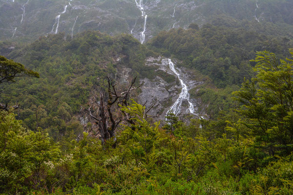 Wasserfälle wohin man schaut