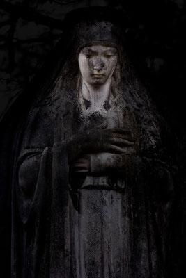 Dunkle Schatten der Trauer - © Helga Jaramillo Arenas - Fotografie und Poesie  / Juni 2015