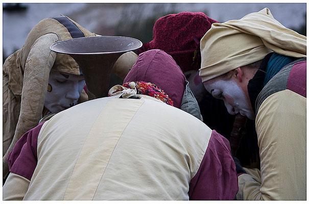 Die gemeinsame Beratung - © Helga Jaramillo Arenas - Fotografie und Poesie / Dezember 2011