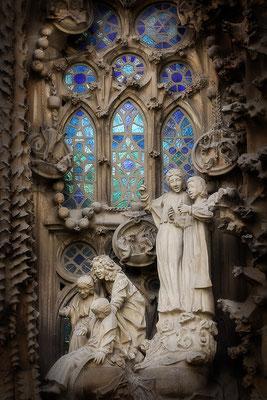Im blauen Licht / Sagrada Familia in Barcelona - © Helga Jaramillo Arenas - Fotografie und Poesie / März 2019