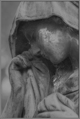 Die zuviel geweinten Tränen - © Helga Jaramillo Arenas - Fotografie und Poesie / Januar 2017